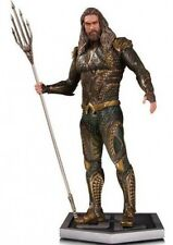 DC Justice League Aquaman Statue