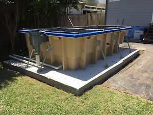 FRANKSPOOLS / Fibreglass Swimming Pools / Kit Pools /  Above Grnd 5 x 3.5mtrs