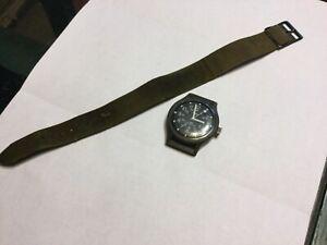 Vintage Timex Military Watch 24 HR MacGyver / Camper Field Dark Green Mechanica