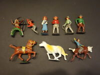 All Original CRESCENT TOYS Cowboys & Indians Western Set Of 9 Pieces 1940's