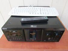 Sony CDP-CX355 300 Disc CD Wechsler Player mit Fernbedienung, Tastatur und RCA Kabel