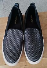 Nine West loafers slip ons size 8.5 M unisex as new condition