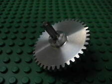 40 tooth aluminum gear.  Works with Lego Technic or aluminum construction kit