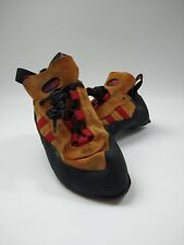 Climbing shoes Wmens us9 uk8 eu42 Red Chili used  Hand made in Italy by Valmont
