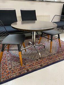 1x Thonet Table Rundtisch Beistelltisch Designertisch Vintage