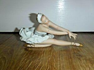 Exquisite Rare Wallendorf Ballerina Dancer Dying Swan Porcelain Figurine R764