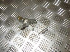 Yamaha 850 TDM - 3VD - AXE entre pedale  et Maitre CYLINDRE Frein --    REF:15