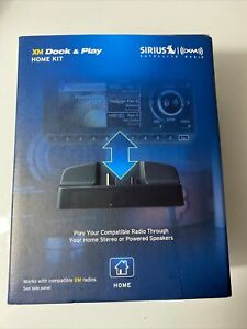 Sirius Satellite Radio  Accessory Dock & Play Home Kit complete