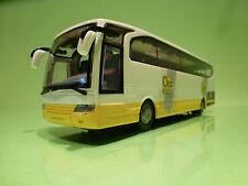 DUTCH TOURINGCAR BUS + DRIVER - OAD REIZEN - WHITE 1:43 - EXCELLENT - CHINA