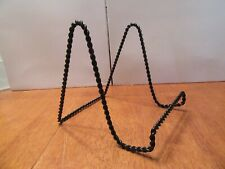 Vintage Mid Century Black Wire Metal Easel Plate Stand Picture Holder Shelf