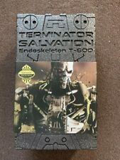 NEW Hot toys 1/6 Terminator Salvation Endoskeleton T-600 Sideshow Exclusive MINT