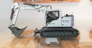 """Conrad 2209.01 Liebherr R 920 Compact Excavator """"WORMANN"""" 1:50 NEW"""