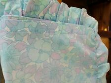 RETRO BLUE/WIHTE FRILLED FLOWERED PILLOWCASE 1970S