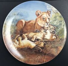 """Vintage 1981 Knowles Collector Plate """"A Watchful Eye� Number 6180B Lions"""