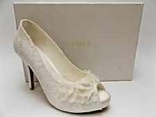 MENBUR NOVIA DISPLAY White Ruffle Open Toe Women's Shoes Pumps SZ 8.0 M   D2672
