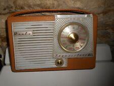 Ancien poste de radio REELA Transistors 6 à réparer