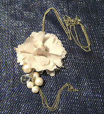 Stunning silver tone chain necklace with clear and pearl like beads and flower