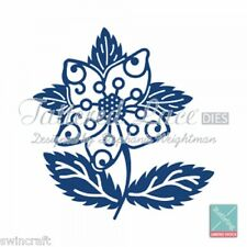 Tattered Lace Cutting Dies  CHRISTMAS HELLEBORE D444  Stephanie  REDUCED