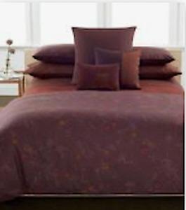 Calvin Klein  King Duvet/4 Standard Shams Set Carmen Elm Style, Wine, plum, Fig