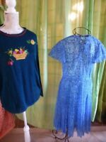 lot femme les tons bleus ,robeT2/3  plissée légére  et  joli pull
