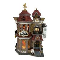 LEMAX - Spooky Town Mystic Isabella's Psychic Readings Halloween Light Up House