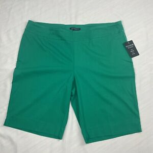 Womens ZAC & RACHEL Green Shorts Size 22W  NEW