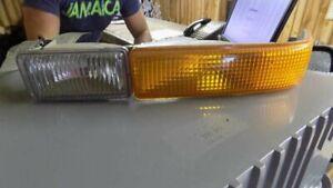 Driver Corner/Park Light Below Headlamps Fits 98-05 BLAZER S10/JIMMY S15 88560
