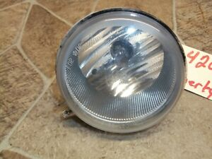 2005-2007 JEEP LIBERTY Driver Side Left Front Fog Light Lamp Assembly OEM