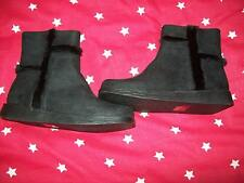 ***NEW BLACK DETAILED BOOTS OLDER GIRLS SIZE 1 FREE P&P UK ONLY ***