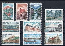 France 10 timbres non oblitérés gomme**  35  Chateaux etc...