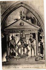 CPA  Clermont-Ferrand - Le Jacquemart de la Cathédrale  (221734)