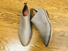 Gentle Souls Neptun Bllyss Western leather taupe ankle heeled booties NWOB sz 6