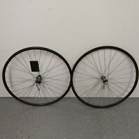Shimano 105 hubs Trek Matrix aero rims w/ skewers wheelset HB-1050 FH-1051