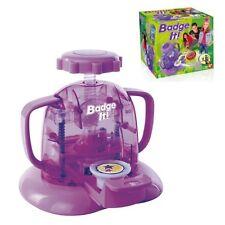 Badge it  Bandai 8010 Buttonmaker Spielzeug Buttons Kinderzimmer NEU & OVP