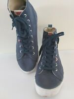 Mens LEVIS navy CANVAS uk 10.5 euro 45 HI TOP TRAINERS lace up FREE POST