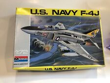 1990 MONOGRAM US NAVY F-4J 1:72, 5452, New in the box