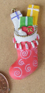 1:12 Scale Mums Filled Christmas Stocking Tumdee Dolls House Resin Accessory