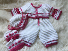Hand Knitted Baby Set 0-3 Months.