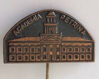 Academia Petrina Latvia Education Pin Badge Rare Vintage (N18)