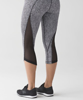 Lululemon Run Around Crop Scatter Star Arctic Black Pant Mesh Legging 6 Luxtreme