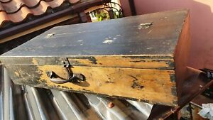 Nice Old Dovetailed Wooden Carpenter's Toolbox with two internal trays