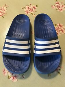 Adidas Blue Sliders Size 2, Boys / Girls, Flip Flops / Sandals