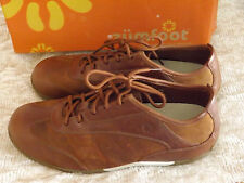 Lady's New Pair of Zumfoot Shasta Brown Leather Shoes size Med. 9 - 9 1/2  IOB