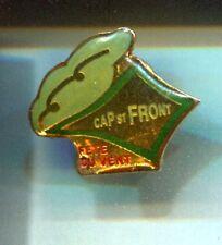 RARE PINS PIN'S .. SPORT CERF VOLANT KITE FETE DU VENT WIND CAP ST FRONT 43 ~CT