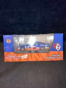 Revell Special Kellogg's Car 1 of 10016 Terry Labonte #5 Frosted Flakes 1997