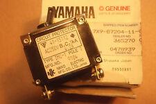 YAMAHA EF600 Generatore GENUINE NOS interruttore automatico (250v/4.2A) - # 7X9-87204-11