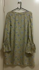 NEW Romantic Floral Shift dress with split bell sleeve, size 12