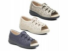 Wide (EE) Plus Size Low Heel (0.5-1.5 in.) Shoes for Women