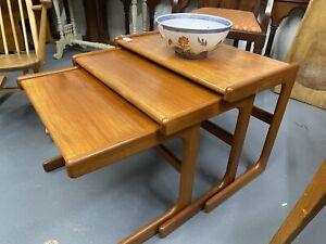 Vtg Mid Century Danish Style Nest of 3 Side Tables Teak, Retro Furniture