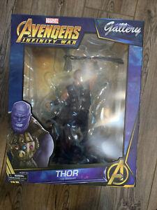 Diamond Select Marvel Gallery Avengers: Infinity War Thor Statue PVC